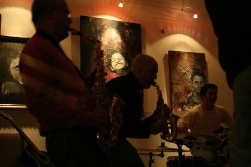 Jazz no Bacalhoeiro. http://pwp.netcabo.pt/pmvsousa/tips.htm